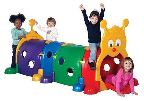 những món đồ chơi không thể thiếu cho bé 2 tuổi ra ngoài vui chơi