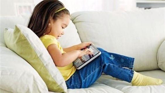 những hoạt động giúp bé yêu thông minh khỏe mạnh từ nhỏ